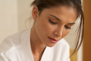 Research suggests a link between severity of endometriosis and attractiveness. Photo / Thinkstock