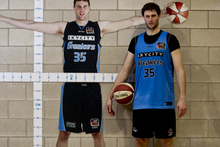 At 2.15m, Alex Pledger is the tallest person in New Zealand sport. Photo / Getty Images.