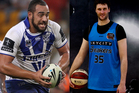 Sam Kasiano of the Bulldogs (left) and Alex Pledger of the Breakers
