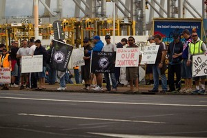 The union says Ports of Auckland needs to return to the bargaining table otherwise months of disruption could follow. Photo / Dean Purcell