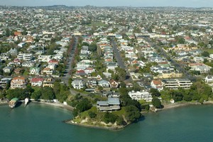 Demographia's housing affordability survey rates homes in New Zealand as less affordable than those in New York and London - two of the world's most expensive cities. Photo / Brett Phibbs