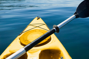 An officer borrowed a kayak from the nearby Hunting and Fishing store. Photo / Thinkstock