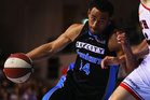 Mika Vukona of the Breakers competes with Shawn Redhage of the Wildcats during the round one NBL match between the New Zealand Breakers and the Perth Wildcats. Photo / Getty Images.
