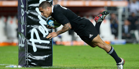 Aaron Smith dives over for the first try during the Rugby Championship match between Argentina and the All Blacks over the weekend. Photo / Getty Images