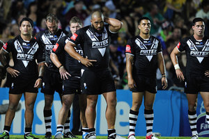 The Kiwis stand in goal waiting for a conversion attempt during the International Test match between the Australian Kangaroos and the New Zealand Kiwis. Photo / Getty Images.