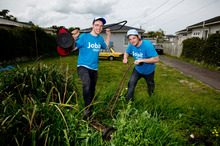 Josh Dean (left) and Will Finlayson are driving the length of the country to promote their website. Photo / Dean Purcell