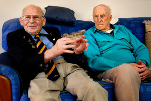 Roye Hammond (left) and Bill Bristow fought at El Alamein 70 years ago. Photo / Steven McNicholl