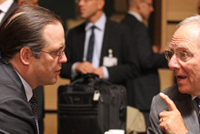 Swedish Finance Minister Anders Borg (left) talks with German Finance Minister Wolfgang Schaeuble. Photo / AP