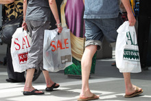A net 26 per cent of kiwis think now is a good time to buy major household items. Photo / APN
