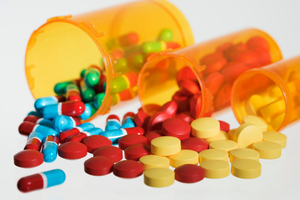 Healthcare workers need not fear mixing pills up now there's software to help them distinguish differences - with 91 per cent accuracy - based on a photo from a phone. Photo / Thinkstock