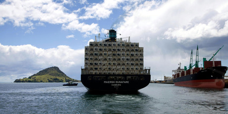 A ship laden with exports leaves the Port of Tauranga. Better access to the highly protected Canadian agriculture sector make come from its decision to join the TPP trade talks. Photo / Supplied 