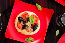 Pizzette. Photo / Babiche Martens