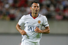 Ryan Giggs insists Manchester United cannot afford to keep playing catch-up if they want to regain the Premier League title. Photo / Getty Images.