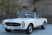 This 1966 Mercedes 230SL roadster fetched A$81,000.