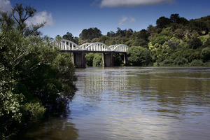 The Waikato River and other waterways need to be cleared of weeds, says the Government. Photo / APN
