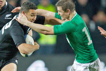  Brian O'Driscoll in action against the All Blacks. Photo / Greg Bowker