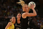 Laura Langman expects a heavy workload as the only midcourter in the Fast5 games. Photo / Getty Images