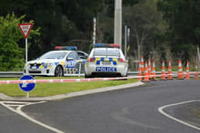 Police cordon at the Intersection of State Highway 2 and Higginson Road, Otane where Police shot the offender. Photo / APN