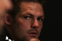 All Blacks captain Richie McCaw has been quick to send a message to his players on arrival in Edinburgh for their first of four tests in Europe. Photo / Getty Images.