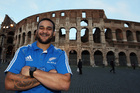 Piri Weepu poses for a photo in front of the Colosseum. Photo / Getty Images)