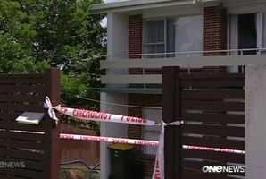 A house in Manurewa is searched by police after the fatal stabbing of Inayat Kawthar. Picture / One News