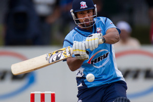 The Auckland Aces batsman Azhar Mahmood. Photo / Brett Phibbs