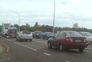 The traffic build-up after a crash on SH2. Photo / Bay of Plenty Times