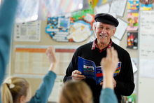 John Parker shares a story with students. Photo / Michael Craig