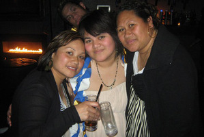 Etelei Kuata (centre) with Aggie Faifua and Miriama Afamasaga. Photo / Supplied