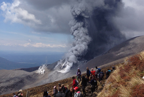 Te Maari crater on the western side of Mt Tongariro erupted shortly before 1.30pm yesterday. Photo / Supplied