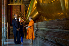US President Barack Obama will get down to business today in Cambodia but had a moment in less stressful surroundings in Thailand.  Photo / AP