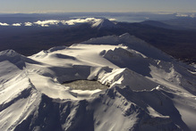 Scientists worry Ruapehu could produce a similar-sized eruption as Mt Tongariro's suprise bang on Wednesday. Photo / Nicola Topping