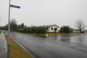 Intersection of Fairview Rd and Robinson St in Katikati where a police officer was confronted by Hayden Flay. Photo / Joel Ford