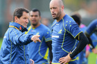 Nathan Sharpe talks to Wallabies coach Robbie Deans during a training session. Photo / Getty Images