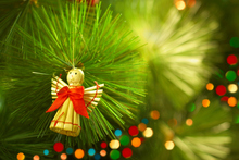 Christmas blowouts need not happen if you make lists, or even make your own presents. Photo / Thinkstock