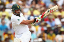 Jacques Kallis hobbled to 58. Photo / Getty Images