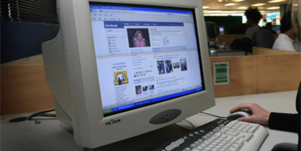 Online new Zealanders spent an average 7 hours 43 minutes on Facebook alone last month. Photo / NZH