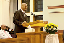 Jonah Lomu speaks at a Mormon church. Photo / Pacific Mormon Newsroom