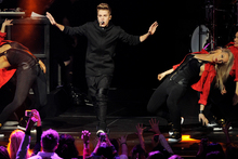 Justin Bieber performs during KIIS FM's Jingle Ball. Photo/AP