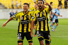 Vince Lia (L) and Paul Ifill of the Wellington Phoenix. Photo / Getty Images.