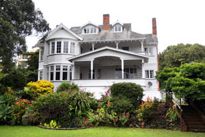 20 Orakei Rd, Remuera, which is for sale. The TV series Gloss was filmed at the historic house. Photo / Doug Sherring
