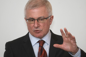 Trade Minister Tim Groser. File photo / Stephen Parker