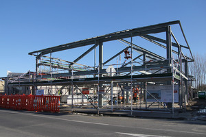 Economists predict the current deficit will widen as the Christchurch rebuild continues. Photo / APN