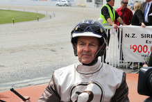 I Can Doosit stunned Purdon and harness racing fans by switching into a pace at the start of the $40,000 Flying Mile at Cambridge on Monday. Photo / Geoff Sloan