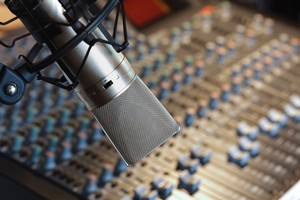 In 2011, Jonathan Coleman gave approval for MediaWorks to cut local content on Kiwi FM. Photo / Thinkstock