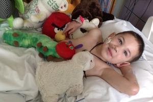 Elliott Crimp in hospital. Photo / Supplied