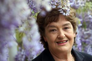 Dame Alison Holst. Photo / Tim Cuff