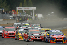 Daniel Gaunt leads the field at Ruapuna Raceway during a round two race. Photo / Supplied