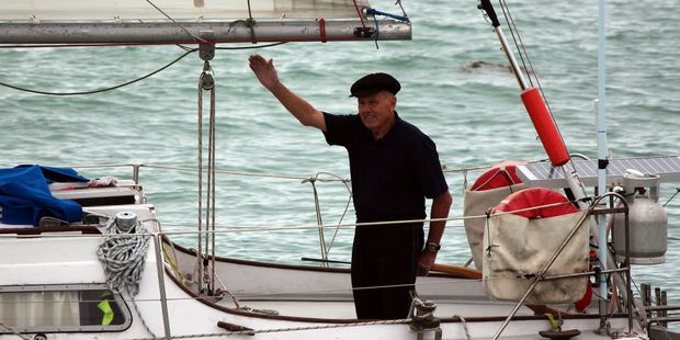 Ron Daw waves goodbye to a crowd of family and friends as he set off for a solo voyage around the world. Photo / Rebecca Ryan
