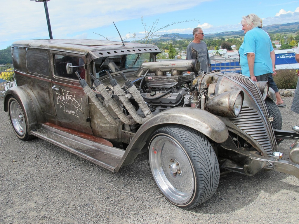 The warm-up for the 2013 Beach Hop in Waihi.
